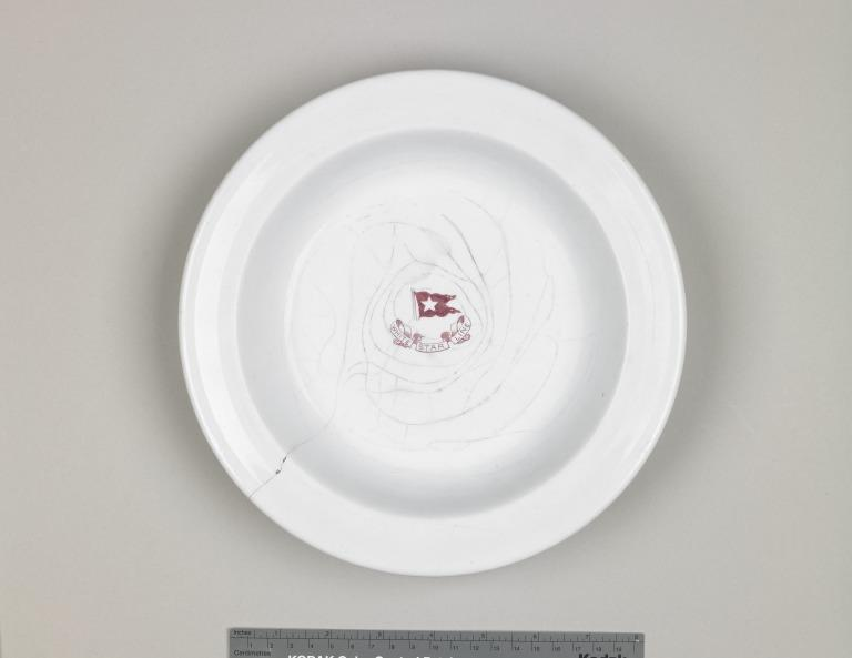 Hollow dish with White Star logo - from Titanic card