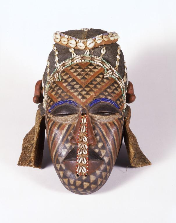 Royal mask, Ngady aMwaash card